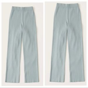 Abercrombie & Fitch Straight-Leg Sweater Pants M